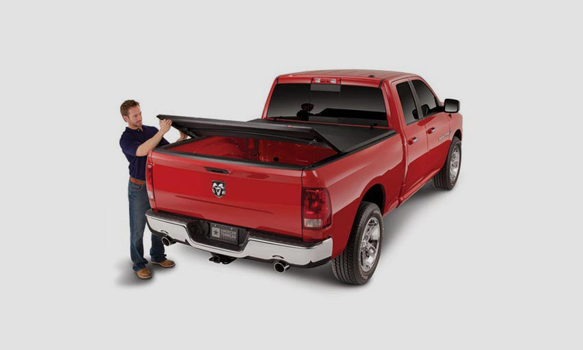 Lona Trifold marca Rugged Cover para Pick Up